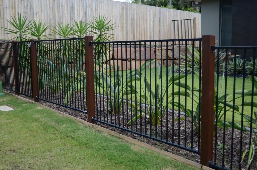 Aluminum fence